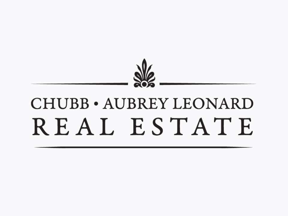 Logo design, black and white, Real estate logo